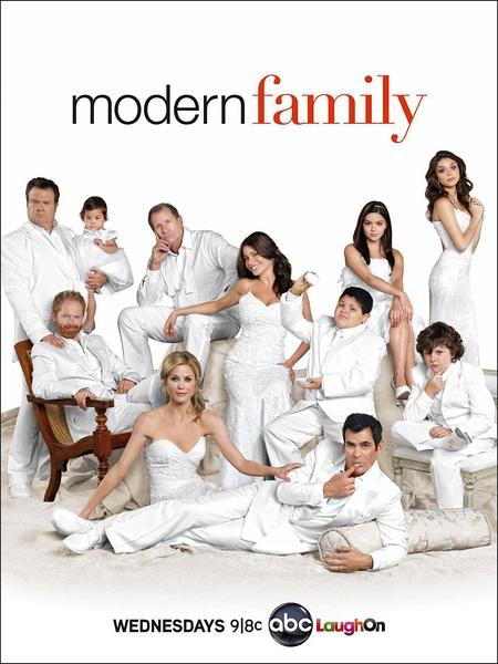 摩登家庭第八季海报